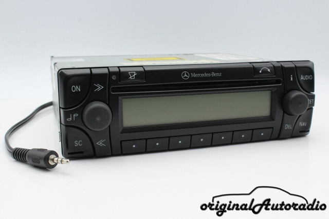 Mercedes Audio 30 APS BE4716 AUX-IN MP3 Navigationssystem CD-R