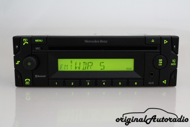 Mercedes Truck Base High 24V MP3 Bluetooth AUX-IN LKW Radio MIC