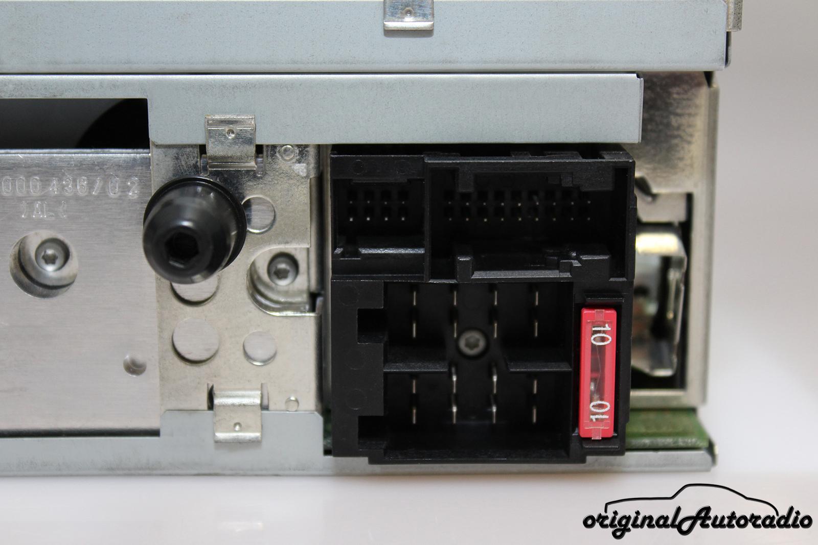 Mercedes CLK w208 a208 compartiment bac sous radio a2086800191 Orig